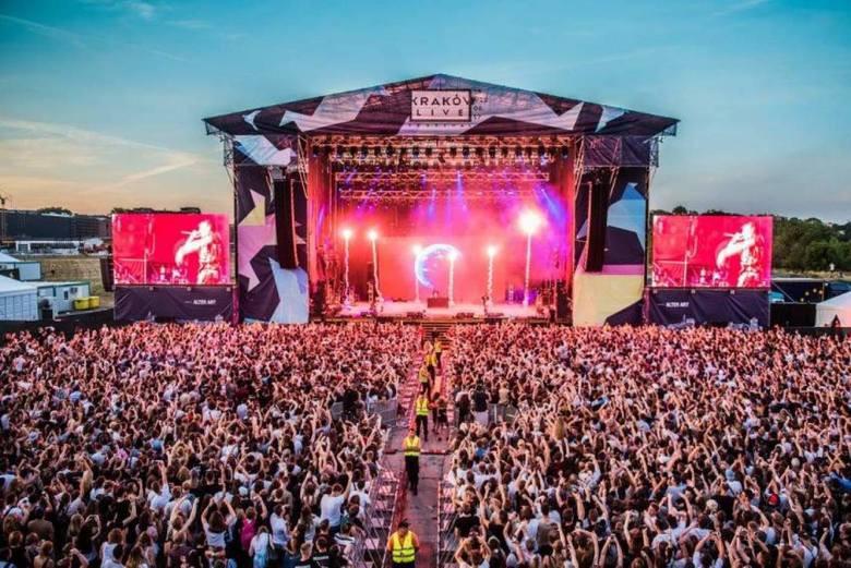 źródło: https://dziennikpolski24.pl/krakow-live-festival-2019-sprawdz-ceny-biletow-i-karnetow-jacy-artysci-wystapia-podczas-krakow-live-festival/ar/c13-14313757