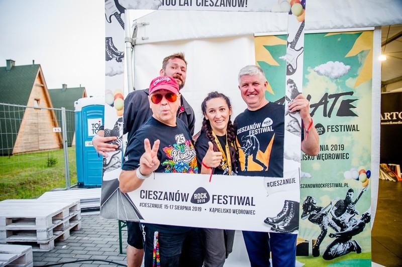 źródło: https://www.cieszanowrockfestiwal.pl/cieszanow-rock-festiwal-2019/#!gallery-24-5346